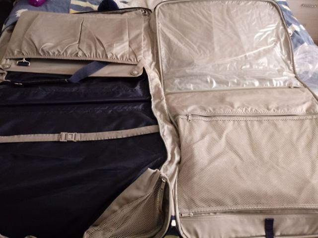Bolsa de viagem para terno - Foto 3