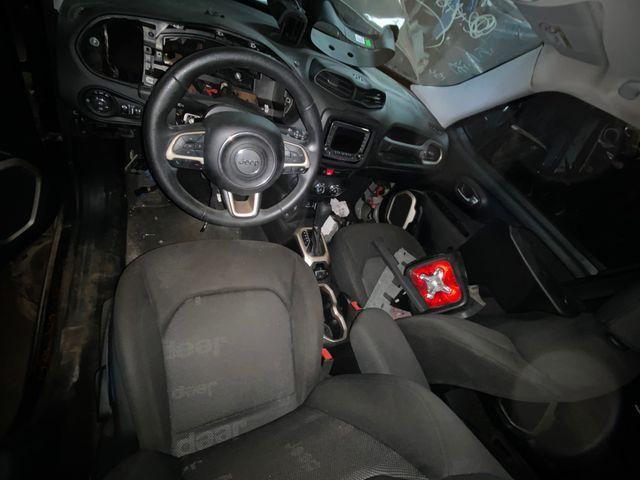 Sucata para retirada de peças- Jeep Renegade - Foto 5