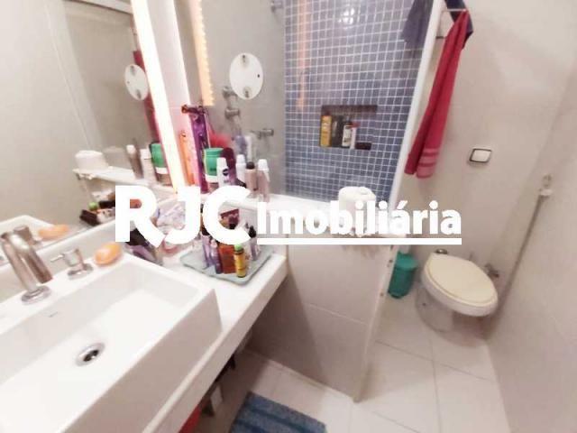 Apartamento à venda com 3 dormitórios em Copacabana, Rio de janeiro cod:MBAP33107 - Foto 12