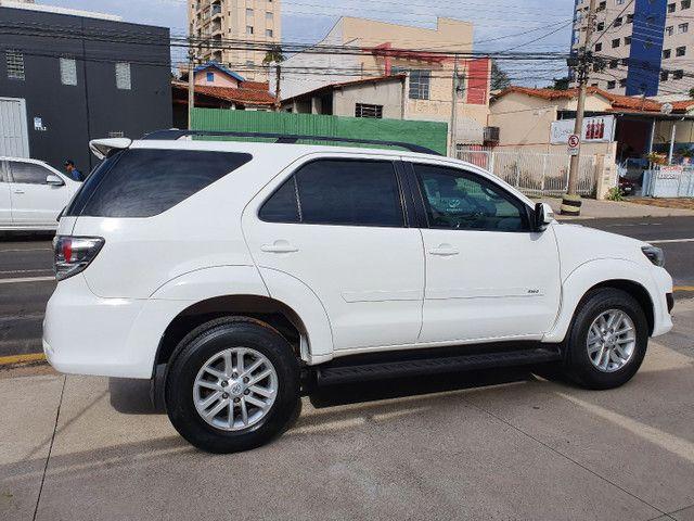 Toyota-Hilux SW4  - Foto 5
