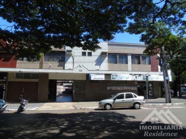 Apartamentos disponíveis: Apto 02 &gt; R$700,00<br>Apto 14 &gt; R$780,00<br>De esquina com a Av.