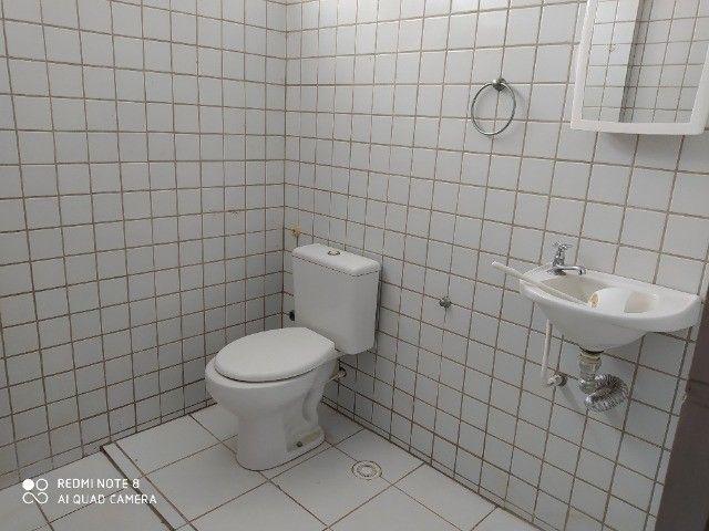 Apto 03 quartos sendo 1 suite, 02 vagas de garagem, piscina etc. - Foto 13