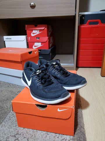 Tênis Nike Flex 2017 Run - tam. 39 - Foto 3