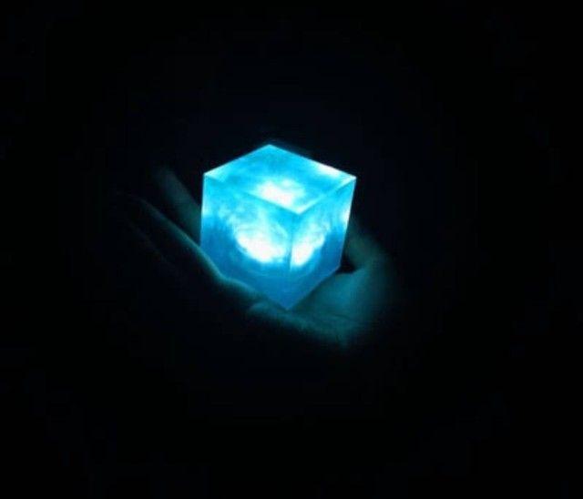 Luminária cubo tesseract com sensor aproximação - Foto 3