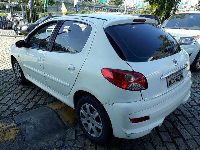 Peugeot 207 2012 / 2012 xr 1.4 completo. aceito carta. financio ate 48 x - Foto 4