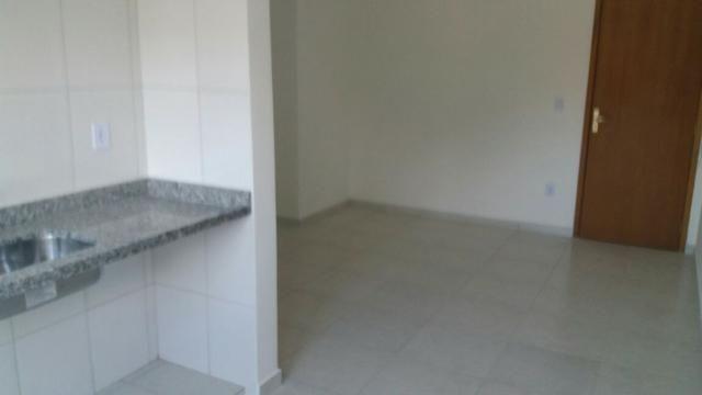 Apartamento no Pereque-açu, 2 dorm sendo 1 suite, segundo andar, piscina, elevador 015 - Foto 5