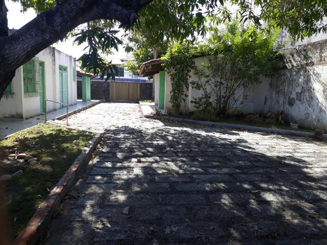 Casa na Rua Aloisio Campos - Atalaia - Foto 6