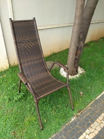Reforma de cadeiras em fibra sintética - Foto 3
