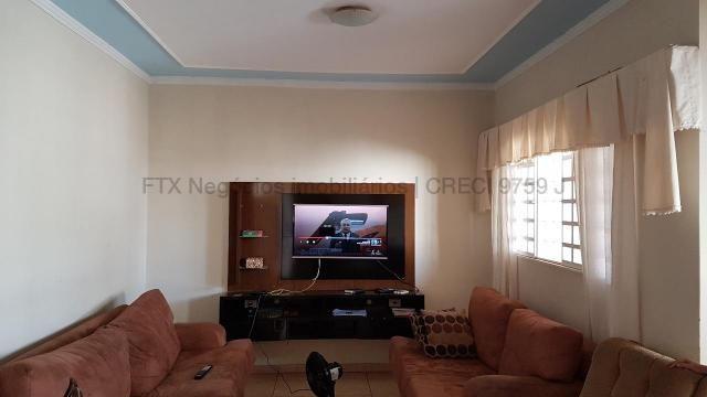 Casa com cômodos amplos 150,28 m² de área construídas - Coopharádio.