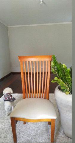 Cadeiras de madeira maciça - Foto 2