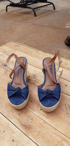 Sandalhas seminovas... - Foto 3