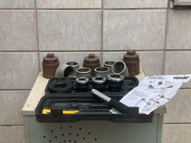 Conexões galvanizadas e tarracha para tubulação metálica - Foto 4