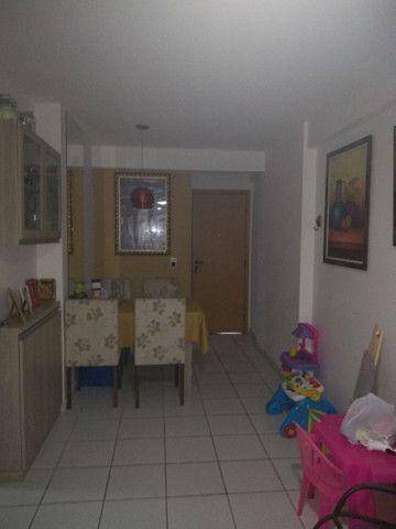 Apartamento 02 quartos mobiliado - Foto 3