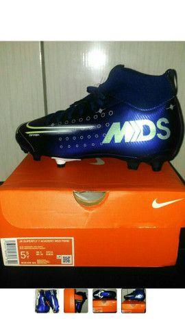 Chuteira Nike Jr. SuperFly 7 Academy MDS FG/MG. Infantil. BRL 36. ORIGINAL.