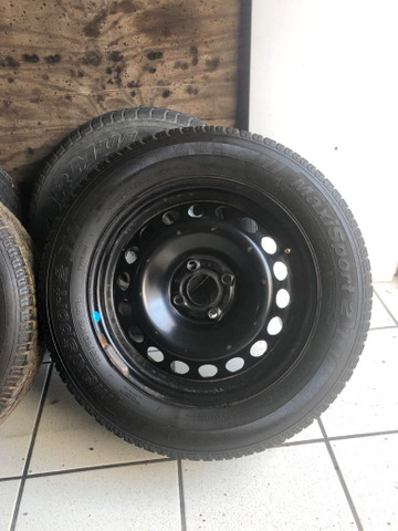2 Aros e 2 pneus 195 65 15 - Foto 3