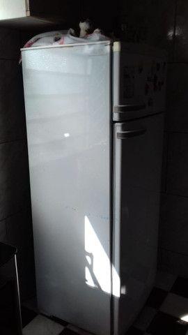 Vende-se geladeira Dako - Foto 3