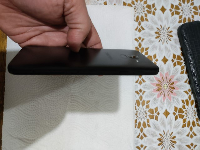 Samsung Galaxy J6 Semi Novo único dono  - Foto 3