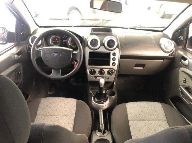 Fiesta 1.6 Hatch Completo 2011 - Foto 6