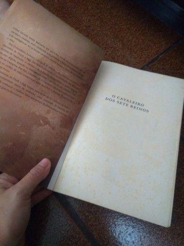 Livro o cavaleiro dos sete reinos - Foto 2