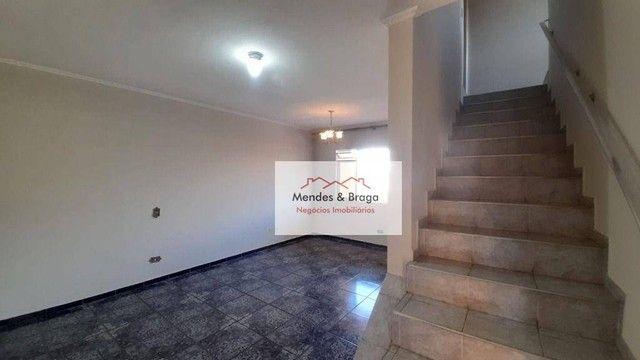 Sobrado com 4 dormitórios para alugar, 160 m² por R$ 2.500,00/mês - Cocaia - Guarulhos/SP - Foto 2