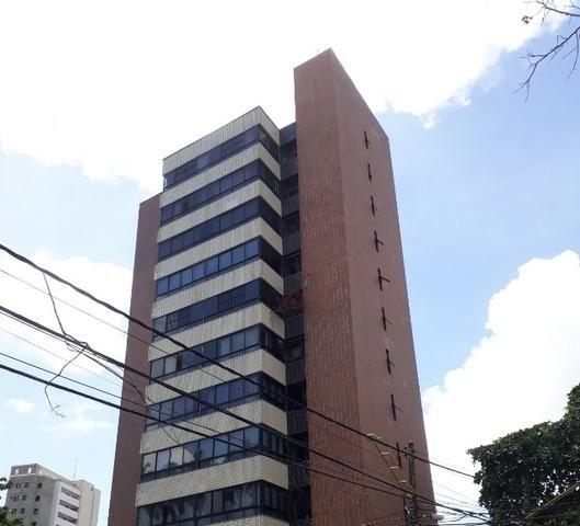 Meireles - Apartamento Alto Padrão 247m² com 3 suítes e 4 vagas