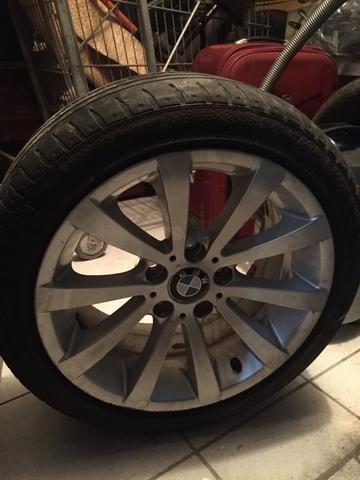 Aro BMW 17 original com pneu Runflat