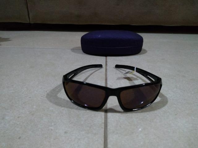 d57be35c1 Óculos de sol chilli beans novinho na caixa - Bijouterias, relógios ...