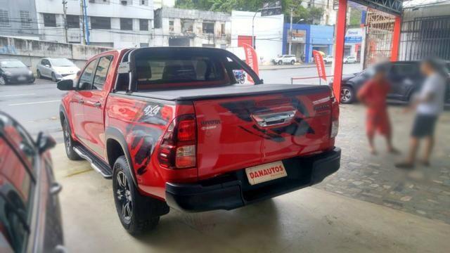 Hilux 2.8 Sr Challenge 4x4 Cd Automática Diesel - Foto 2