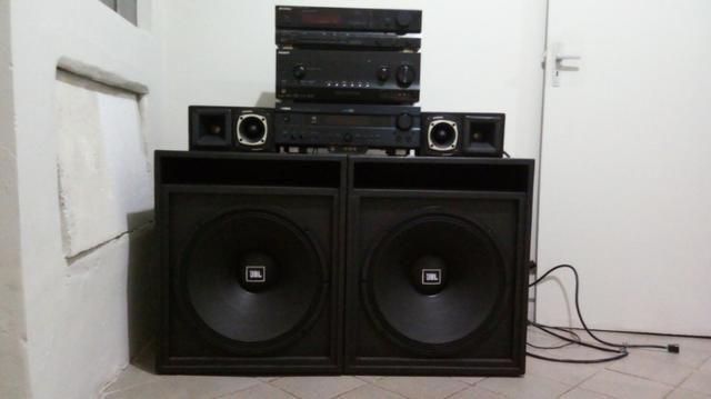 Receiver Yamaha, Sony e Sansuy, mais caixas