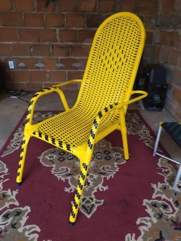 Reforma de cadeiras em fibra sintética
