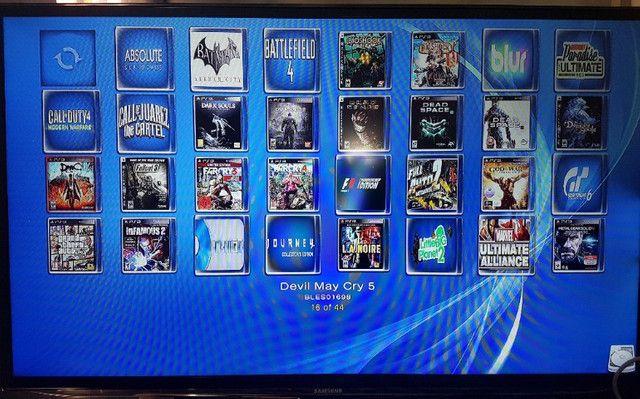 Playstation 3 PS3 Fat Branco HD 1Tb com mais de 50 jogos Novinho - Foto 4