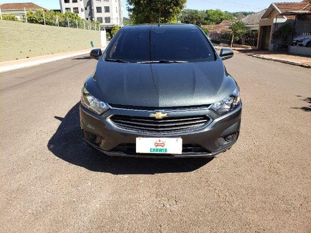 Onix LT 1.4 13.000 km zerado todo original único dono garantia de fábrica - Foto 2