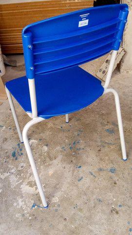 Cadeiras semi novas - Foto 4