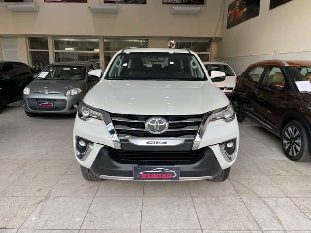 HILUX SW4 2020 7 LUGARES