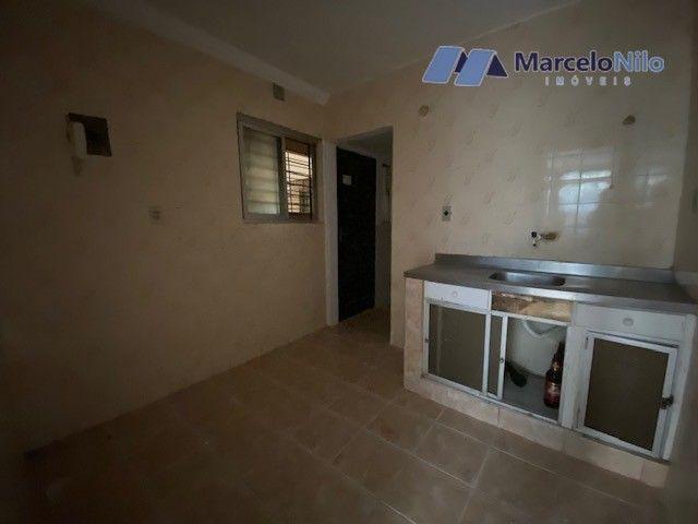 Apartamento térreo em Olinda, 65m2,  2 quartos sociais, varanda e garagem - Foto 8
