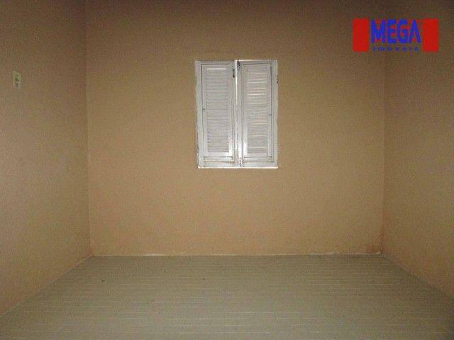 Casa com 2 quartos para alugar no Montese - Foto 4
