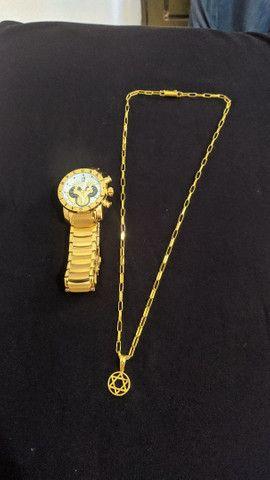 Relógio e correntes de moeda antiga banhada a ouro 18k