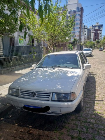 Vendo Santana Carro de Familia - Foto 8