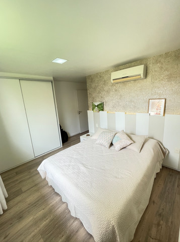 Casa em Condominio Fechado, 04 Suites sendo 1 master com hidromassagem - Foto 16