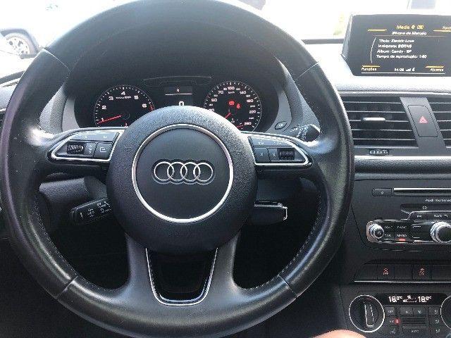 Audi / Q3 - Ambiente c/ Teto Solar Panorâmico muito nova - Foto 4