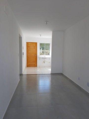 A RC+Imóveis aluga uma excelente casa de 02 quartos no condomínio AltaVille 1 - Foto 3