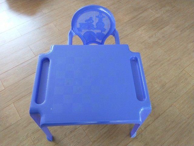 Jogo de mesa e cadeira plástica infantil - Foto 2
