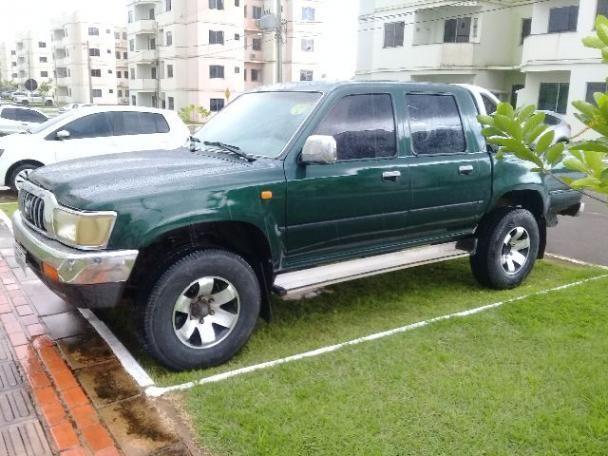 Toyota Hilux 2003/2004