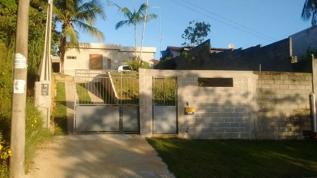 Vendo linda casa em Nova Guarapari