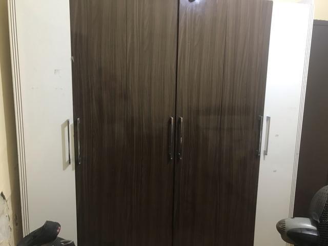 Vende-se guarda roupa 6 portas - Foto 4