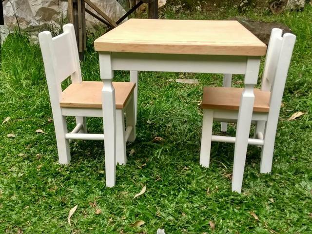 Mesa infantil com 2 cadeiras - Foto 3