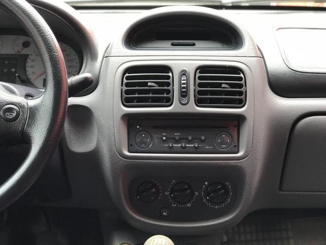 Clio sedan 2003 1.6 RT completo - Foto 3