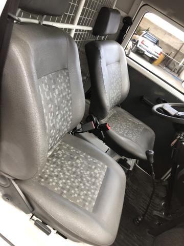 Volkswagen kombi furgão 1.4 flex 2012 excelente estado - Foto 6