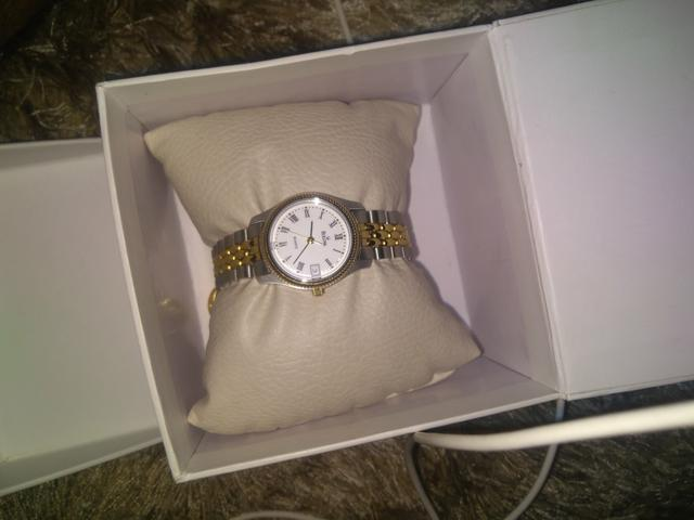3f08d05ca93 Vendo relógios bulova barato pra vender logo 250 - Bijouterias ...