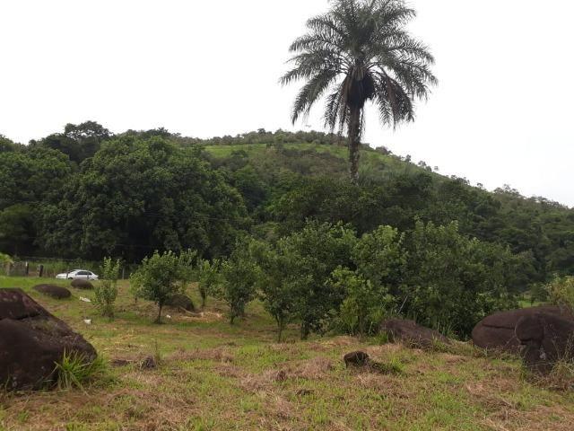Caetano Imóveis - Terreno escriturado com 4.255m² (possui cachoeira privada dentro) - Foto 5